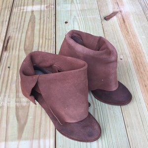 Sergio Zelrcer Distress Brown Leather Ankle Boots
